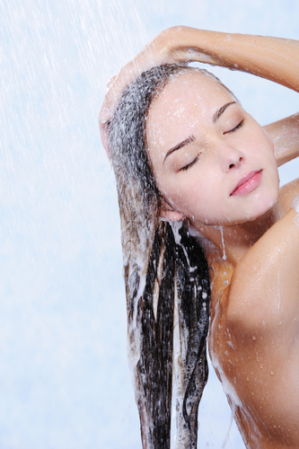 Hydrate your hair before your shower to fight frizz
