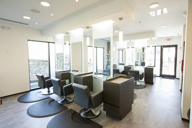 Men's Haircuts Buckhead - Inside barrons london salon