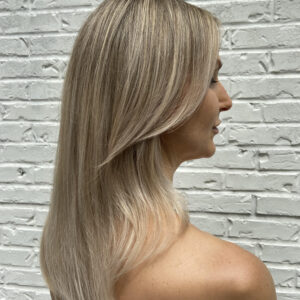 Blonde highlights and haircolor by Ashley